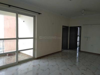 Gallery Cover Image of 1556 Sq.ft 3 BHK Apartment for rent in Omega II Greater Noida for 14600
