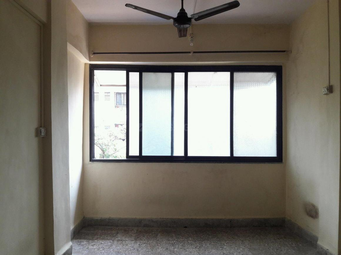 Living Room Image of 460 Sq.ft 1 BHK Apartment for buy in Malad West for 6700000