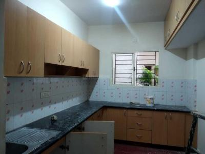 Gallery Cover Image of 1350 Sq.ft 2 BHK Apartment for rent in Indira Nagar for 26000