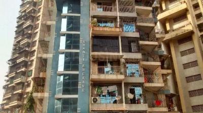 Gallery Cover Image of 1150 Sq.ft 2 BHK Apartment for buy in Kopar Khairane for 12500000