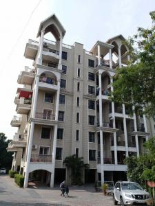 Gallery Cover Image of 1600 Sq.ft 3 BHK Apartment for buy in Tingre Nagar for 10700000