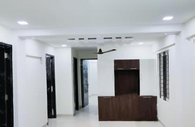 Gallery Cover Image of 1100 Sq.ft 3 BHK Apartment for rent in Agrahara Layout for 21000