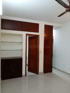 Gallery Cover Image of 2000 Sq.ft 3 BHK Apartment for buy in Vasant Kunj for 32500000