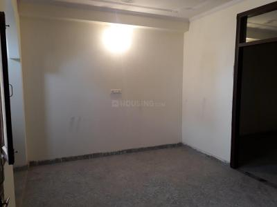 Gallery Cover Image of 500 Sq.ft 2 BHK Independent Floor for rent in Sangam Vihar for 9000