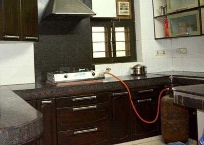 Kitchen Image of Roomsoom Boys PG in Pitampura