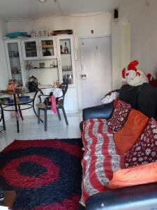 Gallery Cover Image of 1200 Sq.ft 3 BHK Apartment for rent in Mohammed Wadi for 25000