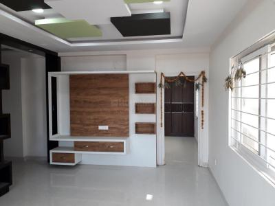 Gallery Cover Image of 1250 Sq.ft 2 BHK Apartment for rent in Nafees Moon Rock Residency, Kondapur for 26000