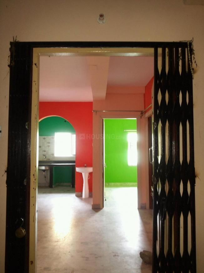 Main Entrance Image of 1300 Sq.ft 3 BHK Apartment for rent in Keshtopur for 14000