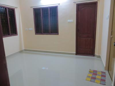Gallery Cover Image of 1100 Sq.ft 2 BHK Apartment for rent in Madhanandapuram for 14000