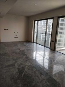 Gallery Cover Image of 1575 Sq.ft 3 BHK Apartment for rent in Bandra East for 175000