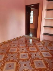 Gallery Cover Image of 500 Sq.ft 2 BHK Independent House for rent in Sembakkam for 8000