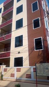 Gallery Cover Image of 1800 Sq.ft 3 BHK Apartment for rent in Nizampet for 28000