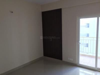 Gallery Cover Image of 1730 Sq.ft 3 BHK Apartment for rent in Paramount Emotions, Phase 2 for 13500