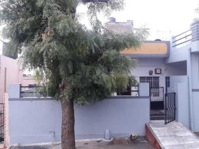 Gallery Cover Image of 1000 Sq.ft 3 BHK Independent House for buy in Hiran Magri for 6500000