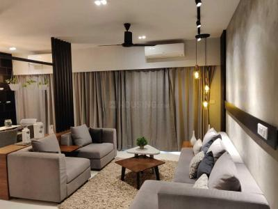 Gallery Cover Image of 1296 Sq.ft 2 BHK Apartment for buy in Thoraipakkam for 13400000