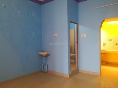 Gallery Cover Image of 500 Sq.ft 1 BHK Independent Floor for buy in Sithalapakkam for 2900000
