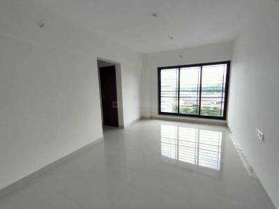 Gallery Cover Image of 675 Sq.ft 2 BHK Apartment for rent in Kandivali East for 32000