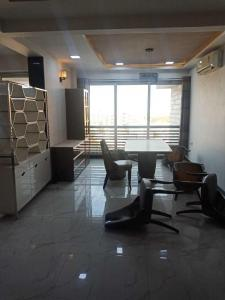 Gallery Cover Image of 2150 Sq.ft 3 BHK Apartment for rent in Paldi for 55000