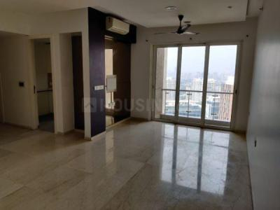 Gallery Cover Image of 1450 Sq.ft 3 BHK Apartment for rent in Lodha Fiorenza, Goregaon East for 75000