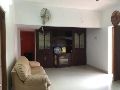 Gallery Cover Image of 1212 Sq.ft 2 BHK Apartment for rent in Thousand Lights for 25000