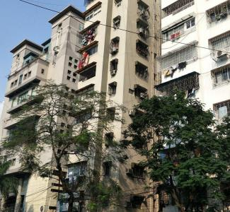 Gallery Cover Image of 1450 Sq.ft 2 BHK Apartment for rent in Park Street Area for 40000
