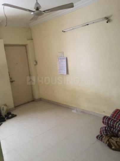 Living Room Image of 750 Sq.ft 2 BHK Apartment for rent in Shukrawar Peth for 24000