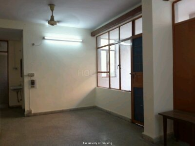 Gallery Cover Image of 1050 Sq.ft 2 BHK Apartment for buy in Link Apartments, Patparganj for 11500000
