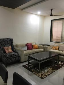 Gallery Cover Image of 1050 Sq.ft 2 BHK Apartment for rent in Badlapur East for 13000