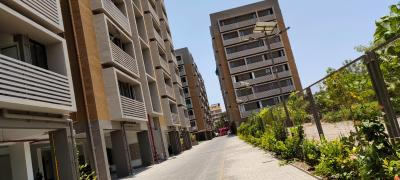 Gallery Cover Image of 1100 Sq.ft 2 BHK Apartment for rent in Bakeri Shaunak, Vejalpur for 15000