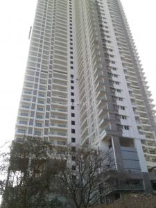 Gallery Cover Image of 1680 Sq.ft 3 BHK Apartment for rent in Malad East for 59000