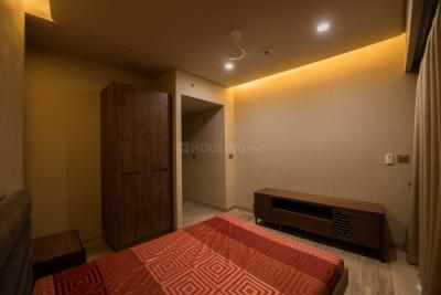 Gallery Cover Image of 7500 Sq.ft 5 BHK Apartment for buy in Lower Parel for 230000000