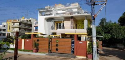 Gallery Cover Image of 4000 Sq.ft 5 BHK Villa for buy in Bommasandra for 40000000