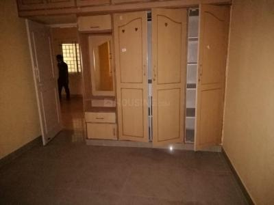 Gallery Cover Image of 1200 Sq.ft 2 BHK Apartment for rent in Maruthi Residency, JP Nagar for 16000