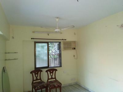Gallery Cover Image of 750 Sq.ft 2 BHK Apartment for rent in Dadar West for 100000