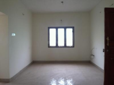 Gallery Cover Image of 750 Sq.ft 2 BHK Apartment for buy in Kolathur for 5200000