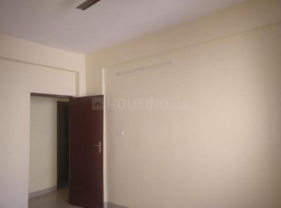 Gallery Cover Image of 1560 Sq.ft 3 BHK Apartment for rent in Merlin Warden Lakeview, Ultadanga for 25000