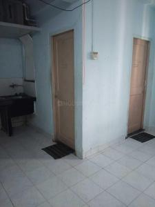 Gallery Cover Image of 225 Sq.ft 1 RK Apartment for rent in Malad West for 8600
