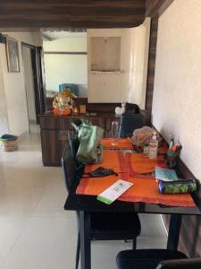 Gallery Cover Image of 825 Sq.ft 2 BHK Apartment for rent in Zara Apartment, Powai for 45000