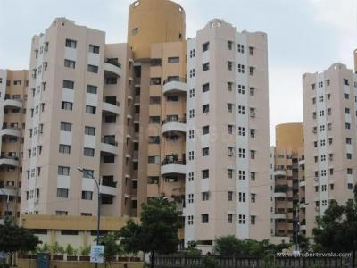 Gallery Cover Image of 1500 Sq.ft 3 BHK Apartment for rent in Magarpatta Jasminium, Magarpatta City for 28000