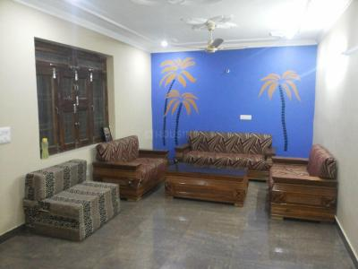 Gallery Cover Image of 1000 Sq.ft 2 BHK Independent Floor for rent in Mithapur for 10000