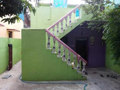Gallery Cover Image of 1200 Sq.ft 1 BHK Independent House for rent in Kundrathur for 10000