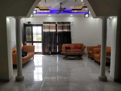 Gallery Cover Image of 3000 Sq.ft 4 BHK Independent Floor for buy in Panchsheel Park for 115000000