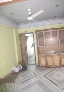 Gallery Cover Image of 650 Sq.ft 2 BHK Apartment for rent in Goregaon West for 25000
