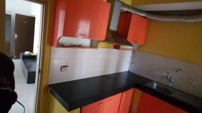 Gallery Cover Image of 1250 Sq.ft 3 BHK Apartment for rent in Unitech Uniworld City, New Town for 23000