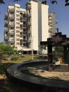 Gallery Cover Image of 1105 Sq.ft 2 BHK Apartment for rent in Bavdhan for 18000