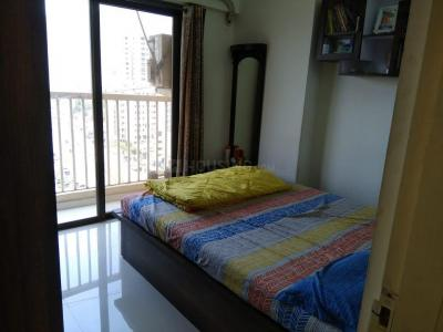 Gallery Cover Image of 980 Sq.ft 2 BHK Apartment for buy in Thane West for 11500000
