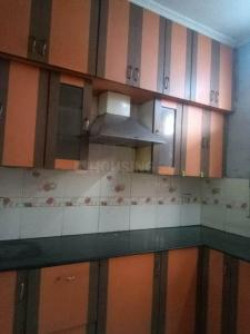 Gallery Cover Image of 1230 Sq.ft 2 BHK Apartment for rent in HCL Towers, Sector 62 for 15000