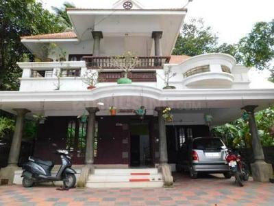 Gallery Cover Image of 2501 Sq.ft 3 BHK Independent House for buy in Nareencheril for 14500000