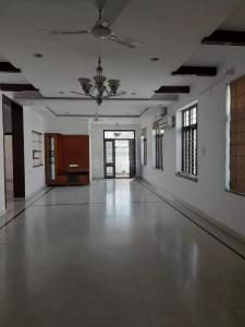 Gallery Cover Image of 2200 Sq.ft 3 BHK Apartment for rent in Banjara Hills for 60000