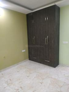 Gallery Cover Image of 800 Sq.ft 2 BHK Independent Floor for buy in Sector 105 for 2000000